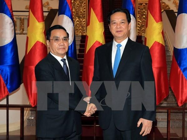 Thủ tướng Nguyễn Tấn Dũng hội đàm với Thủ tướng Lào