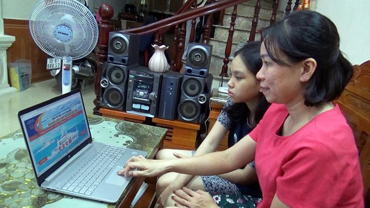Tích cực tham gia cuộc thi trực tuyến
