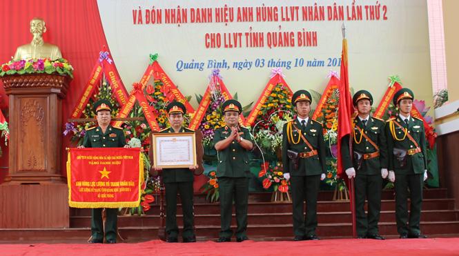 Tổ chức trọng thể lễ kỷ niệm 70 năm ngày truyền thống LLVT Quân khu 4 và đón nhận danh hiệu Anh hùng LLVTND lần thứ 2 cho LLVT tỉnh