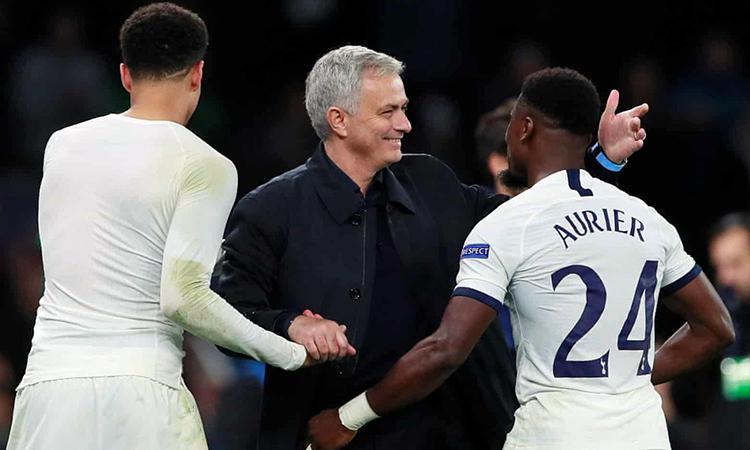 Tottenham thắng trận thứ hai liên tiếp cùng Mourinho