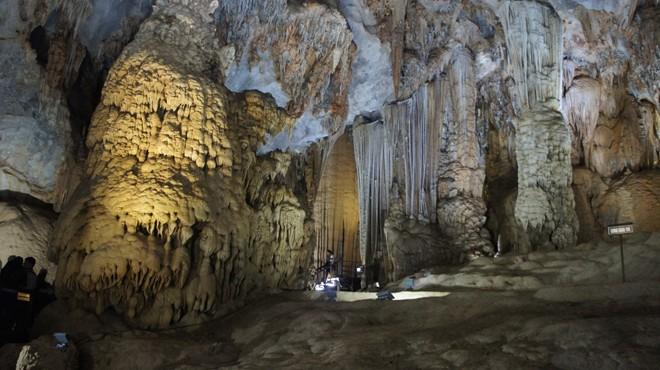 Tour du lịch địa danh Quảng Bình giá hơn 63,5 triệu/người?