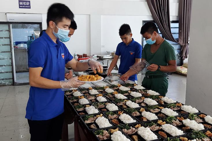 Trên 100 cán bộ, đoàn viên, công chức trẻ tình nguyện hỗ trợ phòng chống dịch Covid