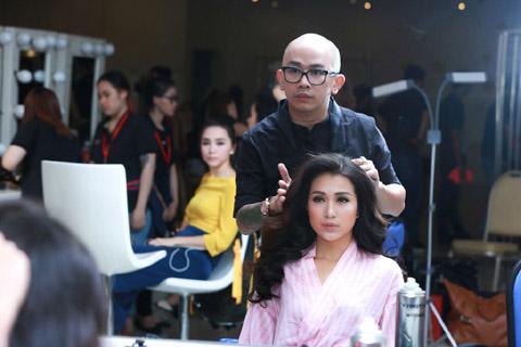 TRỰC TIẾP Hoa hậu Hoàn vũ Việt Nam 2015