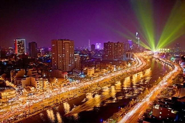 Từ cuộc cách mạng tháng Tám đến một nước Việt Nam đổi mới