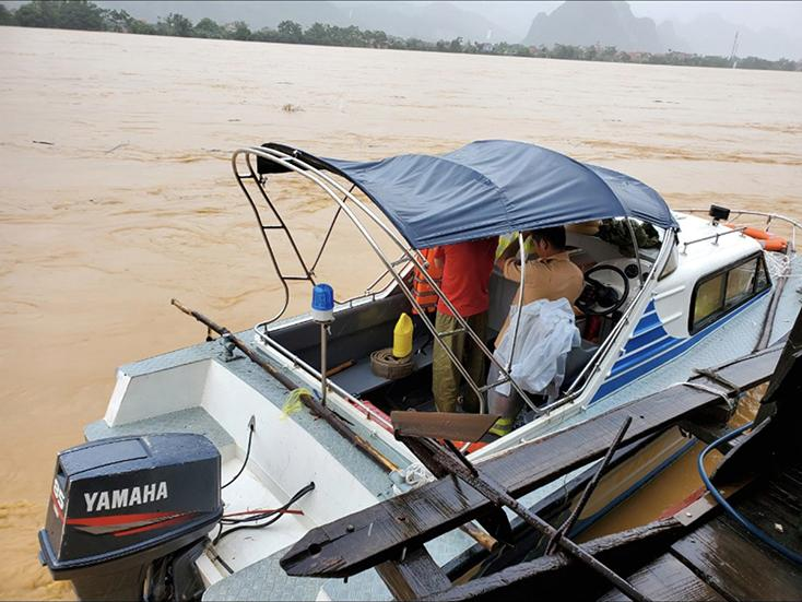Tuyên Hóa: Quyết tâm bảo đảm ATGT đường thủy trong mùa mưa lũ
