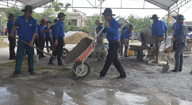 TX.Ba Đồn: Lập hồ sơ đề nghị công nhận xã Quảng Văn đạt chuẩn nông thôn mới