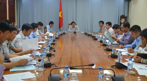 UBND tỉnh họp giải quyết vướng mắc trong công tác giải phóng mặt bằng Dự án Mở rộng Quốc lộ 1