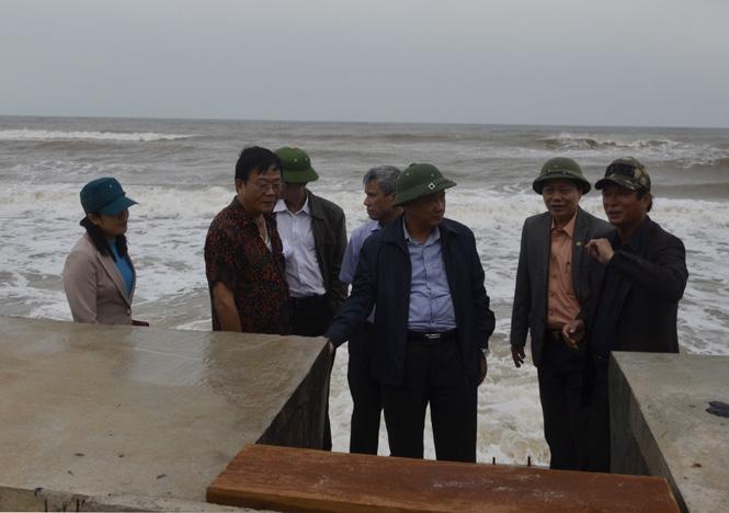 UBND tỉnh kiểm tra dự án Khu neo đậu tránh trú bão tàu thuyền Nhật Lệ