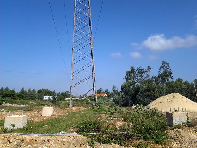 Vì sao dự án đường dây 220kV Vũng Áng-Ba Đồn-Đồng Hới chậm tiến độ đề ra?