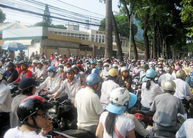 Vì sao người dân cần tham gia bảo hiểm bắt buộc xe máy?