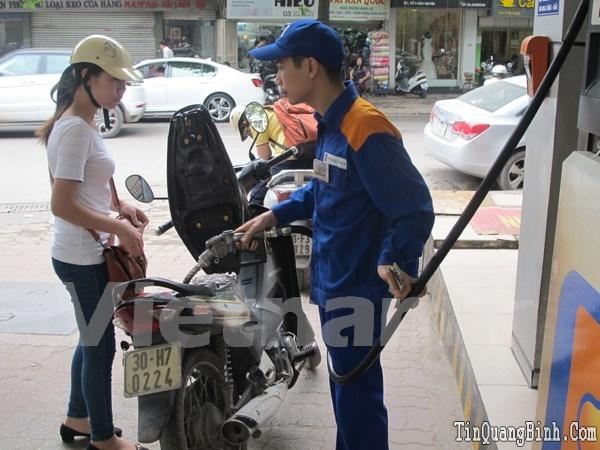 Xăng dầu trong nước đồng loạt giảm giá từ 15 giờ chiều ngày 20-7