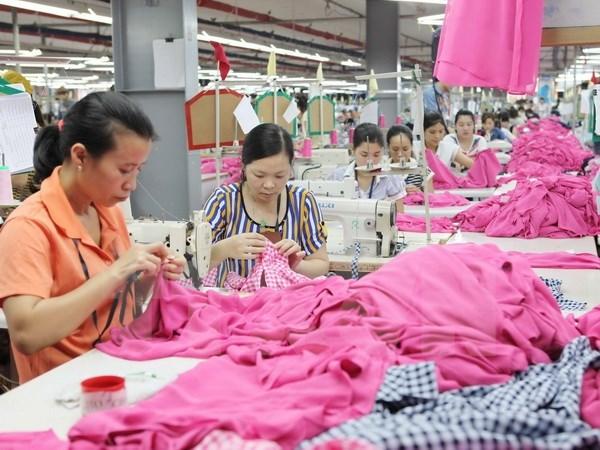 Xây dựng chiến lược đào tạo nâng sức cạnh tranh ngành dệt may