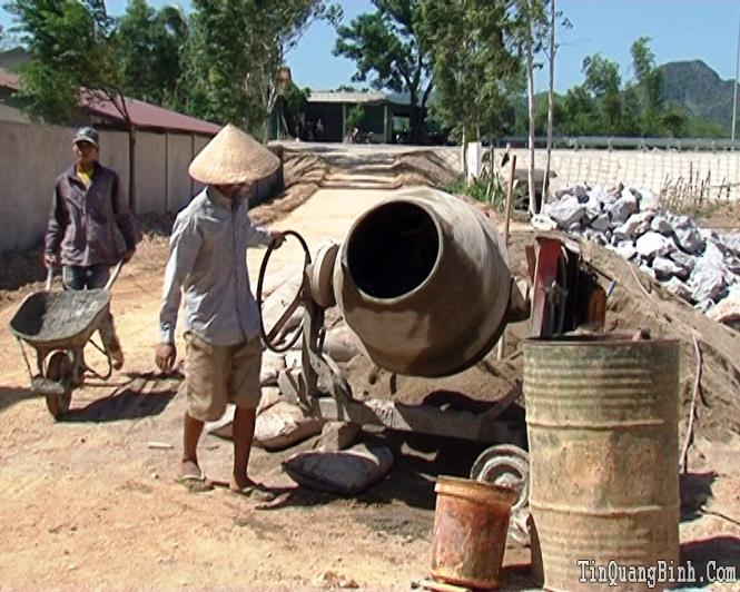 Xây dựng nông thôn mới ở Cảnh Hóa: Nhiều khó khăn chồng chất