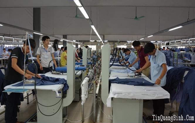 Xí nghiệp May Hà Quảng sản xuất trên 2,68 triệu sản phẩm