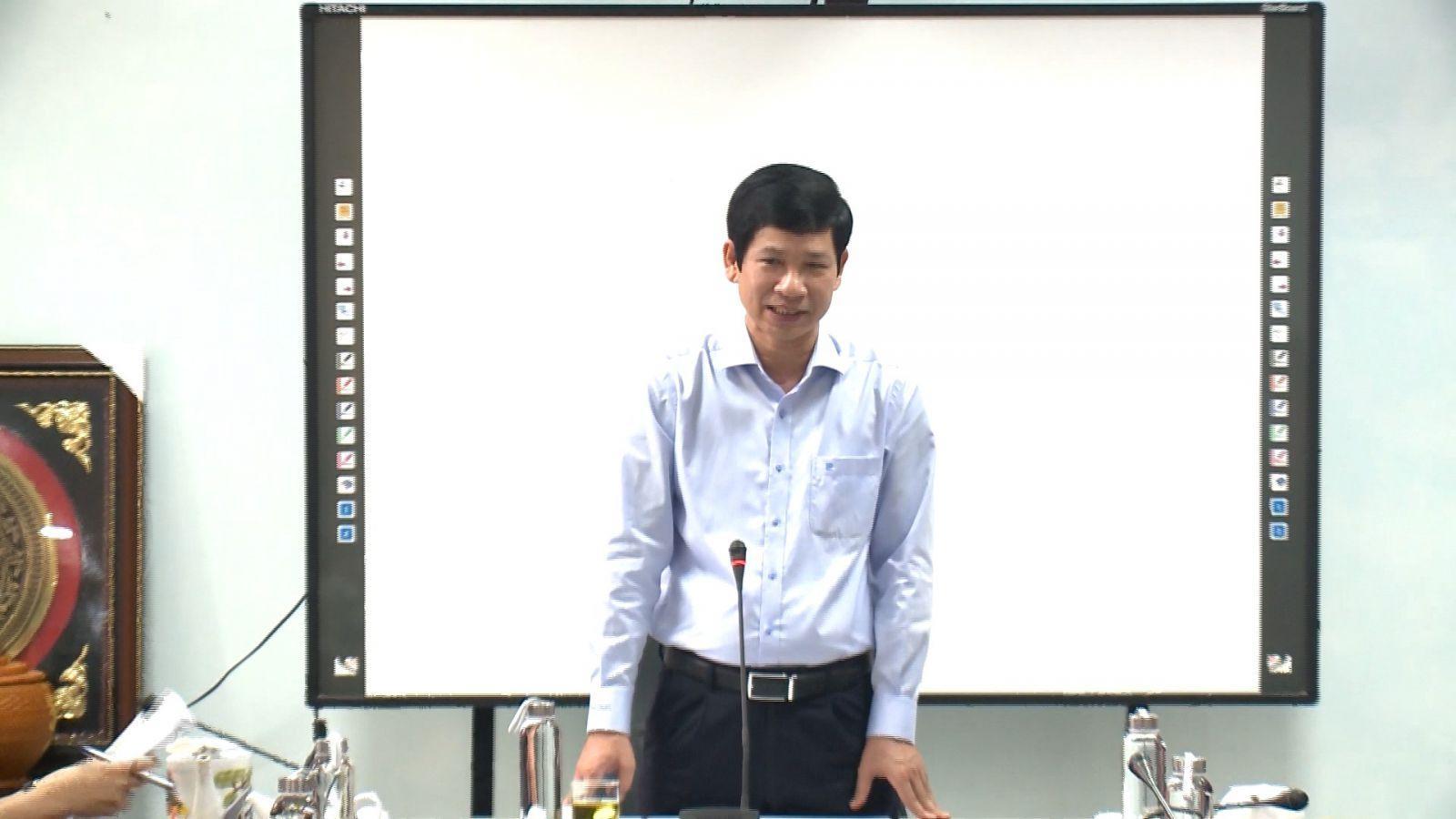 Đồng chí Hồ An Phong làm việc với Trường THPT Chuyên Võ Nguyên Giáp